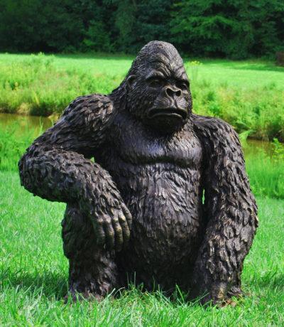 SRB705248A-Sitting-Bronze-Gorilla-Statue-Metropolitan-Galleries-HPMKT