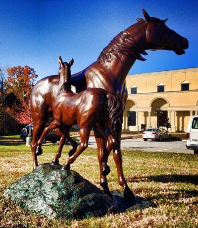 Cast Bronze Mare and Foal Horse Statue Metropolitan Galleries Bronzes
