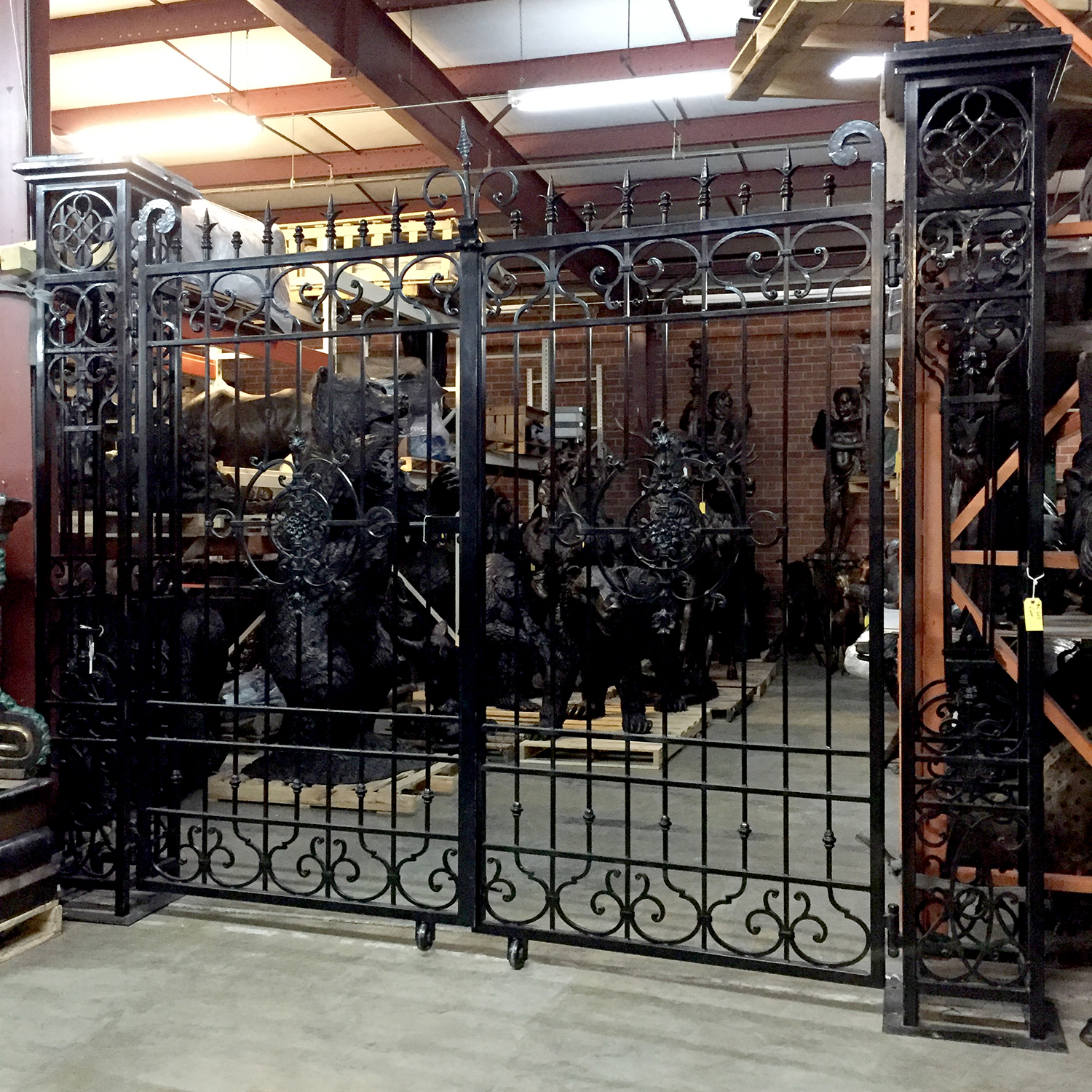ING602 Iron Double Gate with Columns Metropolitan Galleries Inc.