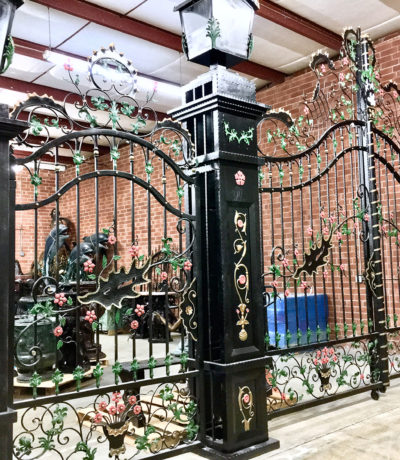 ING604 Iron Double Gate with Side Gate Metropolitan Galleries Inc.