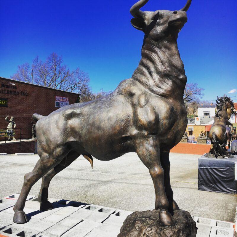 Cast Bronze Standing Bull Sculpture Metropolitan Galleries Inc. Bronze STatuary