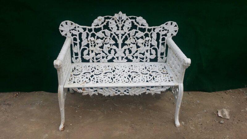INB706 Classical Design Wrought Iron Bench Metropolitan Galleries Inc.
