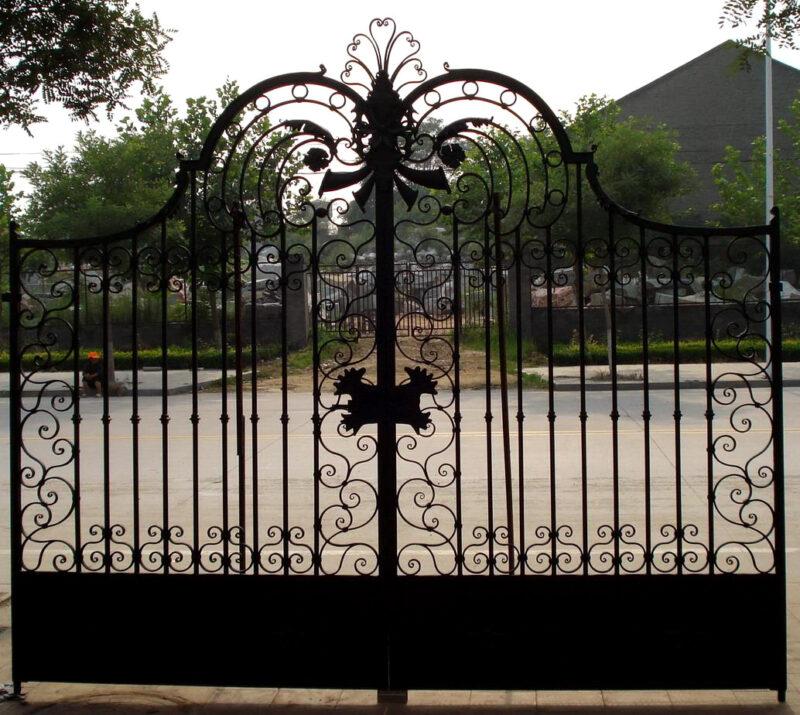 ING85642 Iron Double Gate with Masking Metropolitan Galleries Inc.