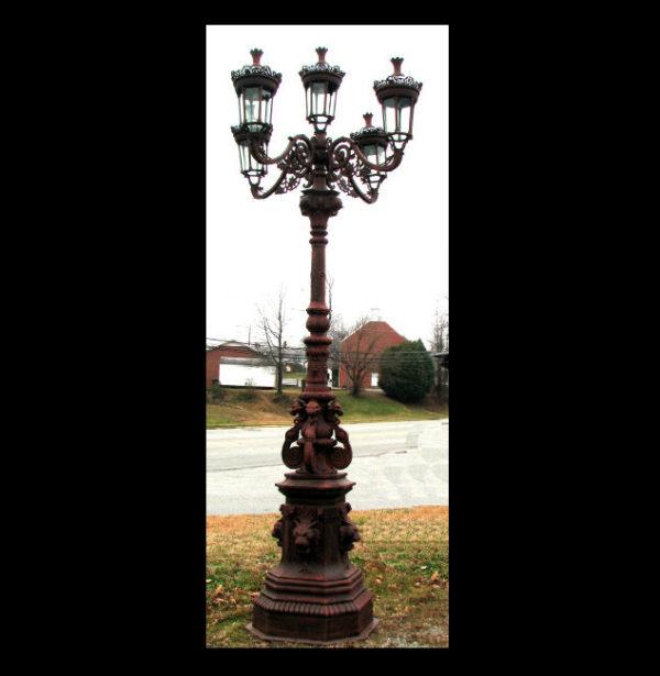 INL350 Iron Street Lamp Metropolitan Galleries Inc.